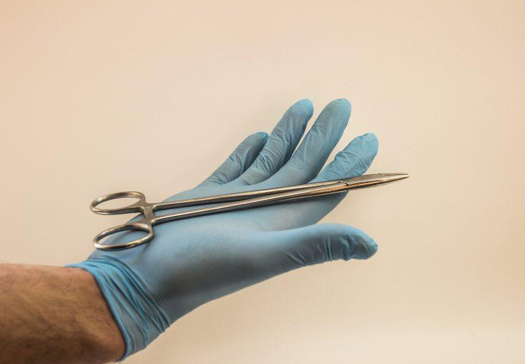 chirurgie esthétique vs médecine esthétique